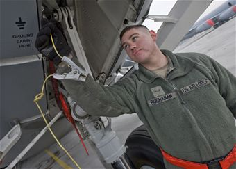 TCM maintainers keep C-17s mission-ready