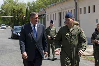 SecAF greets Airmen 3